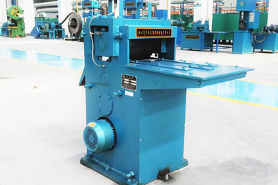E钢瓶护罩滚字机cylinder handle hydraulic roll stamping word machine